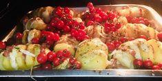 Cartofi acordeon la cuptor Mozzarella, Potato Salad, Bacon, Potatoes, Ethnic Recipes, Food, Alternative, Potato, Essen