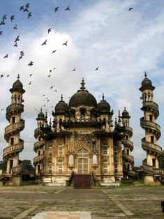 This spectacular mausoleum is a fusion of Indo-Islamic architecture coupled with Gothic art form. Mahabat Maqbara, Junagadh, Gujara. This forlorn landmark plays a sad second fiddle to the legendary Taj Mahal. It contains the tomb of Mahabat Khan and was complete in 1892.