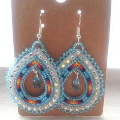 Native American Beaded Teardrop Earrings by CJBeadwork on Etsy Beaded Earrings Native, Beaded Earrings Patterns, Native Beadwork, Native American Beadwork, Seed Bead Earrings, Beading Patterns, Beaded Jewelry, Beaded Necklaces, Seed Beads