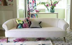 Colori brillanti o delicati, fantasie pop o glamour, tessuti freschi e leggeri. Le tende fanno la differenza e cambiano lo stile della tua casa. Provare per credere! www.reitanoarredamenti.it