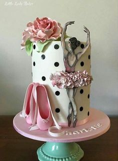 This is so beautiful for a Ballerina cake