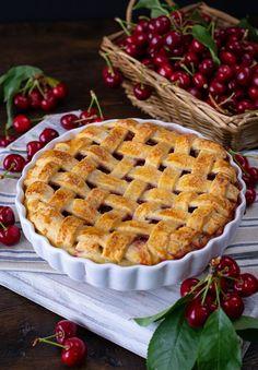 Plăcintă americană cu cireșe - Ciocolată Şi VanilieCiocolată Şi Vanilie Easy Sweets, Cobbler, Cake Cookies, Apple Pie, Cake Recipes, Desserts, Cakes, Food, Pastries