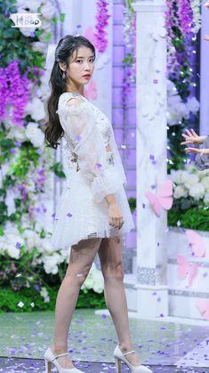 Cute Korean Girl, Korean Actresses, Korean Women, Celebs, Celebrities, Korean Beauty, Aesthetic Videos, Her Music, Girl Crushes