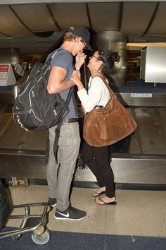 Vanessa hudgens and who everhis name is was seen together cuddling and fooling around in an airport