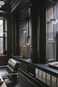 Now imagine your perfect New York loft apartment. New York Penthouse, New York Loft, Barrel Vault Ceiling, Interior Decorating, Interior Design, Dark Interiors, Classic Interior, Fireplace Design, Home Office Design