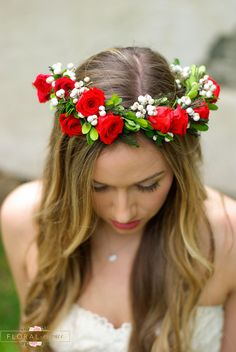 Gorgeous red rose flower crown with white tallow berries is perfect in classic elegance. This flower crown will last for years not a couple of hours as with fresh. If you are looking to wear a flower