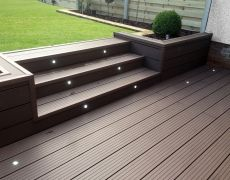 Home and Garden services wallington installed this fantastic composite decking in Clarity Walnut Casa Patio, Backyard Patio, Backyard Landscaping, Reseeding Lawn, Lawn Repair, Plastic Decking, Patio Deck Designs, Back Garden Design, Sloped Garden