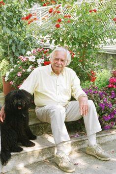 Bálint gazda honlapja Garden Park, Celebrity Gallery, Container Gardening, Bonsai, Garden Sculpture, Couple Photos, Retro, Outdoor Decor, Flowers
