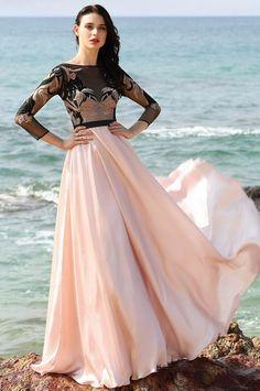 Vestido de Noche Largo Rosado con Mangas Elegante