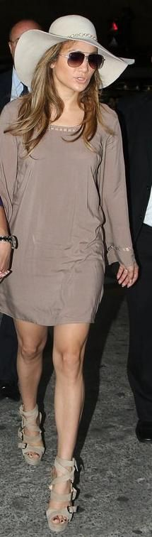 JLo's back with her hat... and I love it!