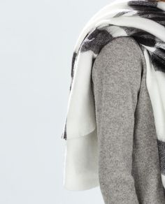 ZARA - NEW THIS WEEK - TWO-TONE CHECKED SCARF