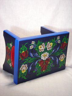 Love these vibrant colors! Norwegian Rosemaling blue stool