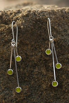 Green Apple Tree Silver Cat's Eye Dangle Earrings, Handcraft Jewelry. Classic and elegant, cat's eye effect. Shiny sterling silver, feminine, bright, in overall: Young, Light and Happy. Sea Jewelry, Jewelry Art, Fashion Jewelry, Jewelry Design, Unique Jewelry, Silver Earrings, Dangle Earrings, Jewelry Making Kits, Silver Cat