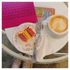 This week I found a spot that I know I will frequent a lot! @chapteronebooks in the NQ is the most peaceful relaxing space where you can work read and indulge in Angel Sprinkle cake and a soy latte. It was absolutely perfect