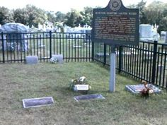 George Armstrong Custers' parents gravesite,Monroe,Michigan