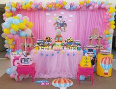 Decoração de aniversário em Caucaia. Superhero Birthday Party, Baby 1st Birthday, Birthday Cake, Princesa Peach, Circus Carnival Party, Hello Kitty Birthday, Boy Decor, Baby Party, Birthday Party Decorations