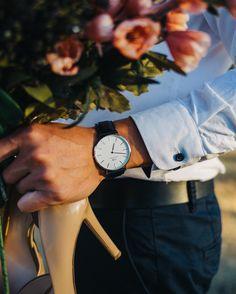 (Photo via IG: todd. Dw Watch, Hand Watch, Daniel Wellington Men, Watch Photo, Photo Shoot, Watches For Men, Stylists, Men's Fashion, Wheels