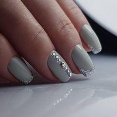 59 Ideas Wedding Nails Silver Glitter Make Up Beautiful Nail Designs, Beautiful Nail Art, Great Nails, Fun Nails, Silver Glitter Nails, Finger Nail Art, Swarovski Nails, Manicure Y Pedicure, Pretty Nail Art