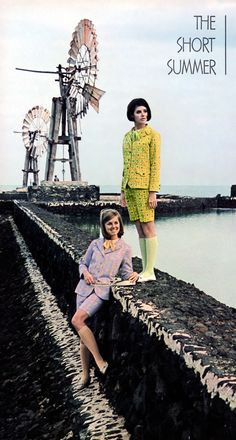 Colleen  Corby & Wendy Hill (Seventeen - May 1967)