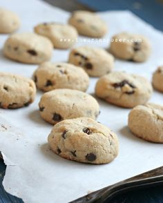 chocolate chip cookies. GRAIN FREE.
