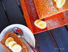 Annin Uunissa: Mehevä Banaanikakku  http://anninuunissa.blogspot.fi/2014/08/meheva-banaanikakku.html