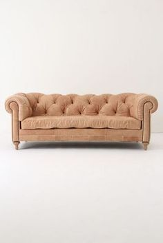 Atelier Chesterfield, Almond