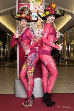 Promotion Bodypainting für den SuperBioMarlt in Düsseldorf zu Neueröffnung in den Schadwo Arkaden, Marlies Brinker, Rheine, NRW, Düsseldorf, Dortmund, Hamburg, color diving, Marketing auf dem Thie, We