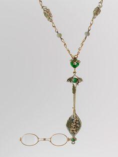 Lorgnette and chain, René Jules Lalique, circa 1900, gold, enamel, diamonds, jade, glass
