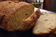 Una semplice ricetta per utilizzare la farina d'amaranto e i suoi semi per fare del pane fatto in casa
