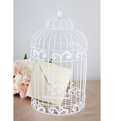 wedding cards, birdcag card, wedding card holders, birdcages, white, fresh flowers, gift table, wedding centerpieces, garden weddings
