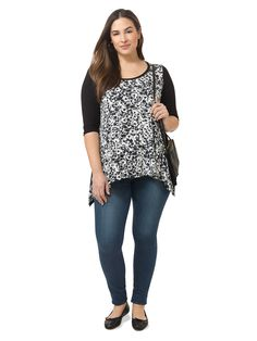 Karen Kane | Kate Print Tunic | I can't get enough of these Karen Kane tops. I love the handkerchief hem. There is also a seam across the back, which gives them a great fit. I also really like the 3/4 sleeve.