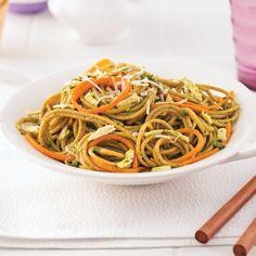 Spaghetti au tofu, carottes et pesto - 5 ingredients 15 minutes Gluten Free Recipes, Vegetarian Recipes, Healthy Recipes, Healthy Food, Tofu, Pesto, Seitan, Pasta Dishes, Love Food