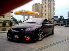 Black Honda Civic Modified