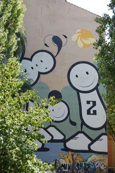Berlin-Graffiti Berlin Graffiti, Snoopy, Fictional Characters, Art, Art Background, Kunst, Gcse Art, Art Education Resources, Artworks