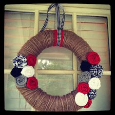 DIY Alabama Wreathe. Changed a few things (colors, ribon, & fabric for flowers instead of felt).... but making it now!!!!! Thanks to my crafty slaw #amandahoward