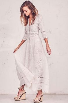 Loveshackfancy Caroline Dress - S Fancy Maxi Dress, White Boho Dress, Dress P, Boho Fashion, Fashion Outfits, Fashion Design, Temple Dress, Casual Dresses, Summer Dresses