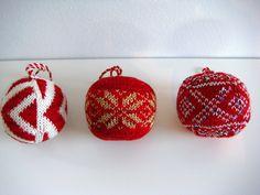 nog meer kerstballen breien