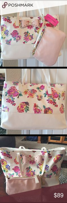 "🌺NEW! BETSEY JOHNSON 2 IN 1 SCALLOP BOW TOTE BRAND NEW! AUTHENTIC BETSEY JOHNSON 2 IN 1 SCALLOP BOW TOTE-Approximate Measurements for Tote are 17"" X 11"" X 6"", & the pouch is approximately 9"" X 5""....NEVER USED! EXCELLENT NEW CONDITION!! Betsey Johnson Bags Totes"