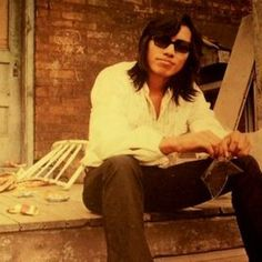 """""""Searching for Sugar Man,"""" a documentary about the Detroit singer Rodriguez. Directed by Malik Bendjelloul. Searching For Sugar Man, Glastonbury 2013, Detroit, Music Documentaries, Fiction Film, Sundance Film Festival, Oscar Winners, Bob Dylan, Cinema"""
