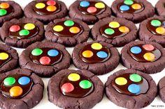 המרכיב הסודי: עוגיות קקאו עם גנאש ועדשים צבעוניות
