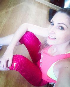 Hj foi dia de me exercitar em casa ....  #instagood #instahealth #bestrong #behappy #exercise #homeexercises #