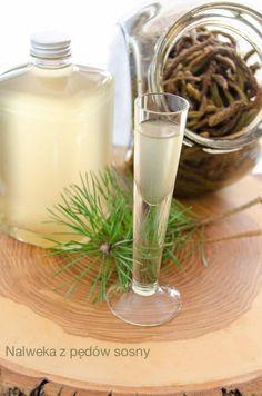 Nalewka z pędów sosny z odzysku przepis | Sprawdzona Kuchnia Glass Of Milk, Homemade, Food And Drink, Drinks, Cooking, Recipes, Kitchen, Drinking, Cuisine