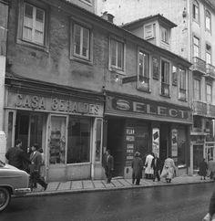 Casa Geraldes; Casa Fanny, Sapataria Select, &c., Rua do Carmo (J. Benoliel, 1957)