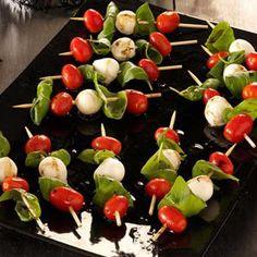 Caprese Salad Kabobs: grape tomatoes, chees fresh mozzarella, fresh basil leaves, olive oil, balsamic vinegar