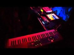 BANGIN TABLES BLOG | Tehu-Live looping Freestyle @Bleury (MTL) for Unlog Epic Waveforms