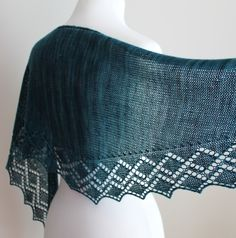 Zigzag Diamond Shawlette knitting pattern available at leahmichelledesig... for $5.00