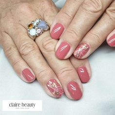 Strawberry Roses, Claire, Nails, Face, Beauty, Nail Studio, Finger Nails, Ongles, Cosmetology