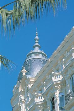 Hotel in Cannes (France) #zinc #VMZINC #ornament  #France