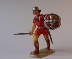Hausser Elastolin ref : 8833 Normand marchant avec son épée  1ère peinture