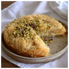 Sweet Pastries, Spanakopita, Greek Recipes, Food To Make, Food And Drink, Baked Potato, Sweets, Bread, Ethnic Recipes